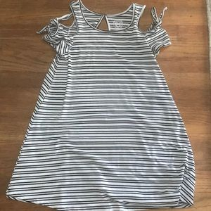 BLACK & WHITE STRIPED COLD SHOULDER DRESS